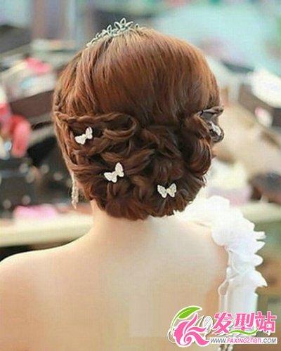 时尚清新的森系新娘发型