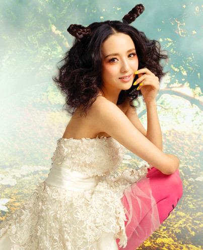 佟麗婭陳思成完婚 兩人恩愛結婚照發型盤點圖片