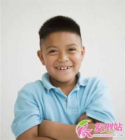 七八岁男孩做什么发型好看图片