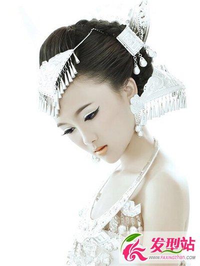 古典美女长发发型 古装发型给人眼前一亮的图片