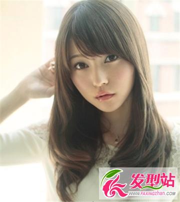 菱形脸适合的可爱刘海发型 修饰小巧玲珑精致脸型