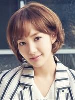 最新款女生短发烫发发型 韩式清新可爱知性