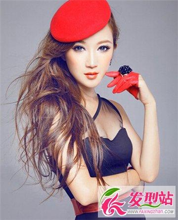 冯绍峰新欢孙心娅发型盘点 演绎瓜子脸美女造型设计