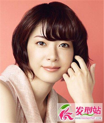 圆脸女生适合的短发烫发发型