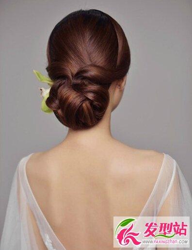 简洁大方新娘盘发 法式卷筒技法图解教程-新娘发型图片