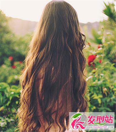 一款 长发发型 ,长发及腰的温柔多情感觉,水波纹 ...