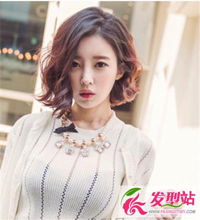 短发发型    这是一款韩范十足的女生短发烫发发型
