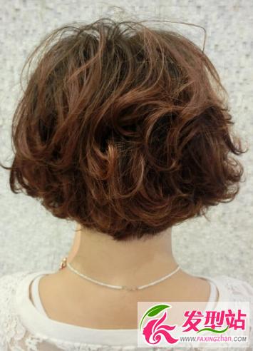 深栗色是什么颜色_2018短发染发颜色大全 7款绝不能错过的惊艳发色-染发发型-发型站 ...