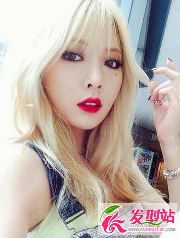 【新发型】亚洲女生染金发好看吗?韩国女神金色染发发型图片