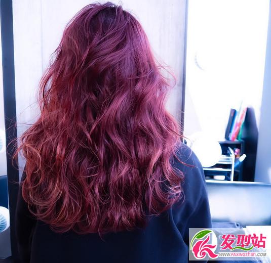 粉色玫红酒红玫瑰金 红色系染发发型图片大全