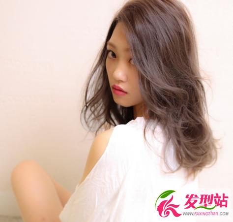 中长发烫卷发型 韩式显瘦烫发卷发图片图片