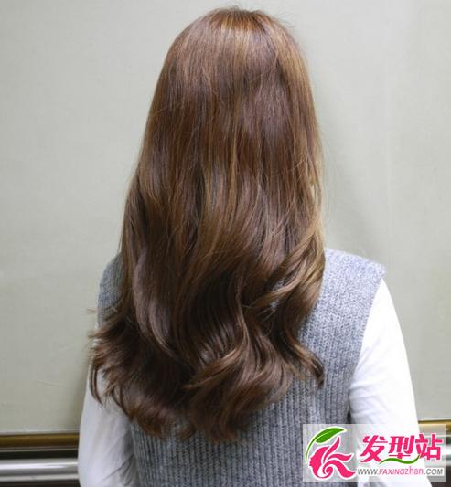 想要复制女神卷发,就拿着这些照片去找你的发型师吧
