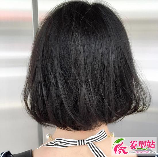 圆脸女生短发发型图片 烫内扣C字卷短发波波头图片