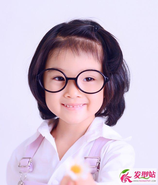 5岁小女孩日常发型 简约灵动显气质