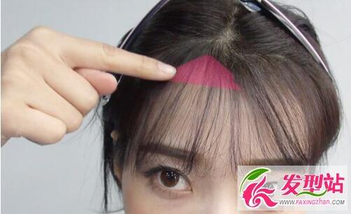 高额头大脑门女生适合什么发型 前额剪个小刘海就搞定