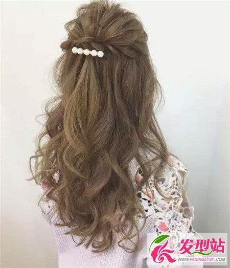 夏季扎发也要美美的扎发发型大全图片烫发软化a发型视频直播图片