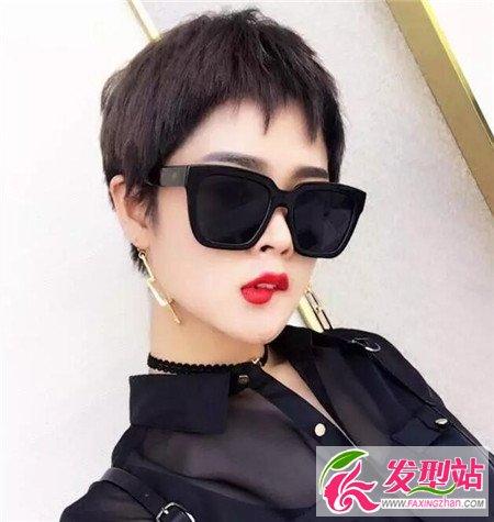 2017流行锯齿头短发 狗啃刘海正流行-2017年图片