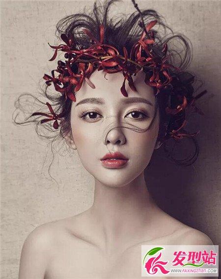 鲜花蓬松新娘盘发