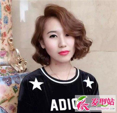 头发不烫不染不洋气最新烫发短流行染发短发蛋卷熨的视频图片