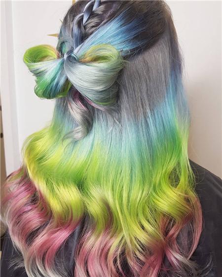 蝴蝶结发型扎法