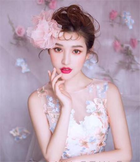 头发样式-韩式盘发款式100种 演绎万种风情