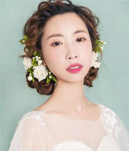 花仙子清新新娘发型 造型美到哭惹人怜爱图片