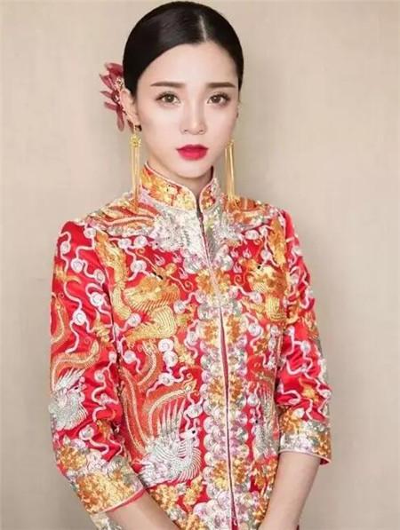 中式新娘发型2018 经典喜庆亦幸福图片