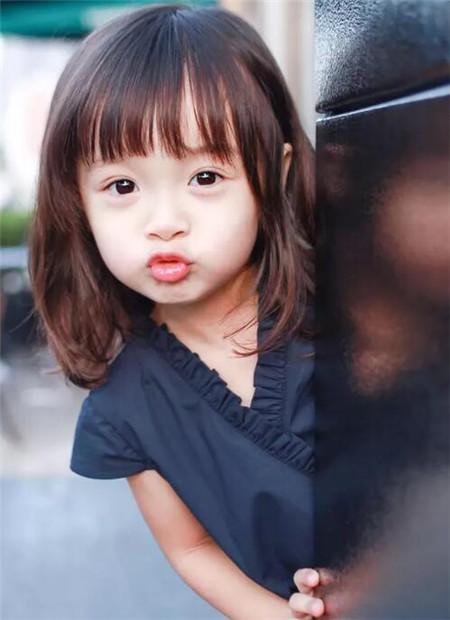 小女孩发型设计 天真活泼儿童发型-儿童发型-发图片