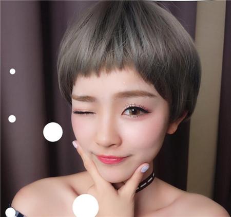 狗啃刘海超短发