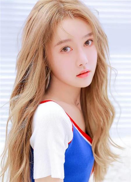 20-30岁韩式发型女 修颜耀眼赛过女星图片