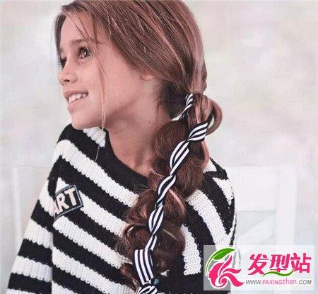 甜美小女孩编发发型 让女儿做美美的公主图片