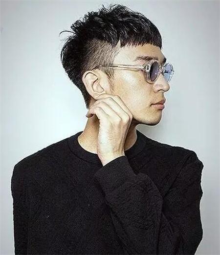 亚洲男生经典lehu66乐虎国际