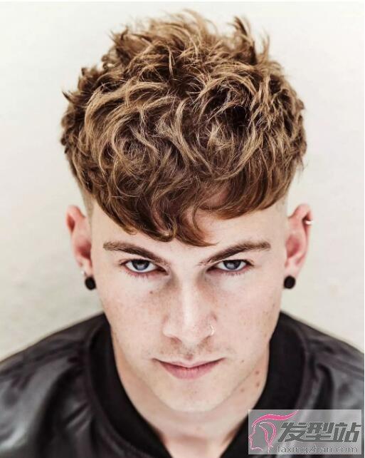 2018男生发型流行趋势 国外现在都流行这4款发型图片
