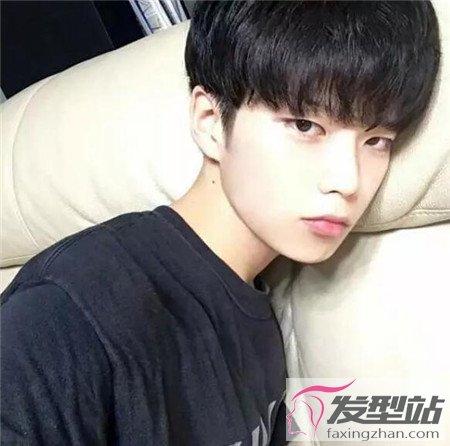 适合亚洲男生的发型