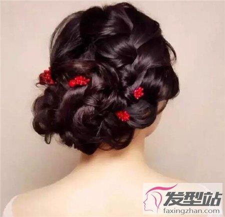 新娘敬酒发型