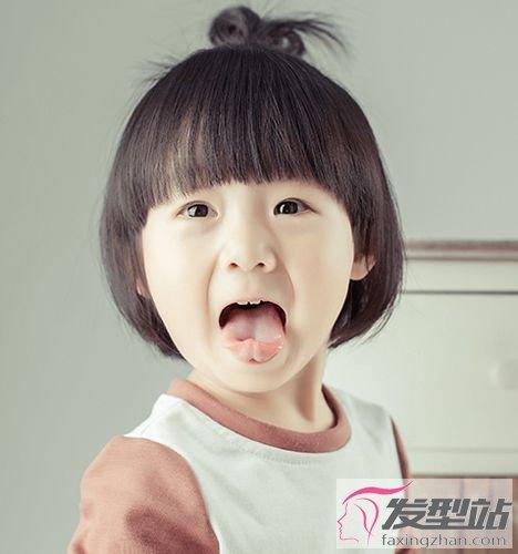 娃娃女生头发型萌度爆表惹人爱女童短发弄什么发型图片