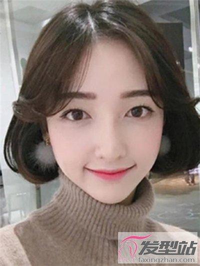 网红八字刘海短发 修颜瘦脸简直美到哭图片