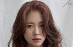 2020年流行发型范本 短发,中长发,长发显小脸的烫发图片