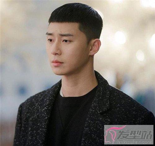 男生流行发型推荐 栗子头,逗号刘海持续流行