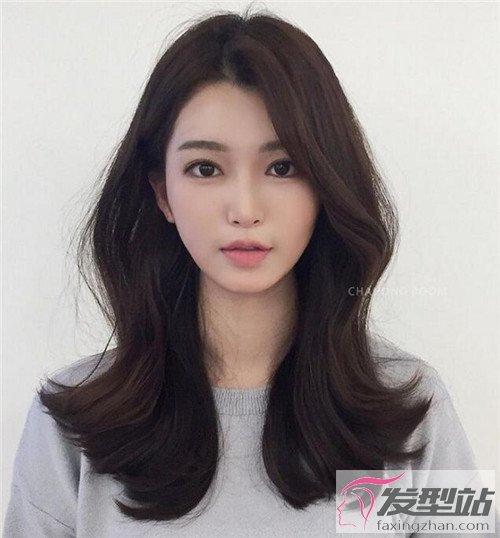 洋气韩式中长发 漂亮卷发你值得拥有-韩式发型-发型站