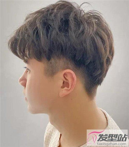 2020夏季最新男生发型 百变风格帅到掉渣-男士短发-站图片