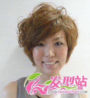 中年发型发型设计减龄妇女SHOW斜刘海往那边斜更好图片