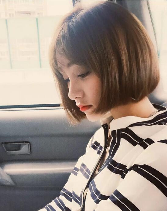 美女美女生活照-短发站_最新流行发型设计发型淹的视频发型图片