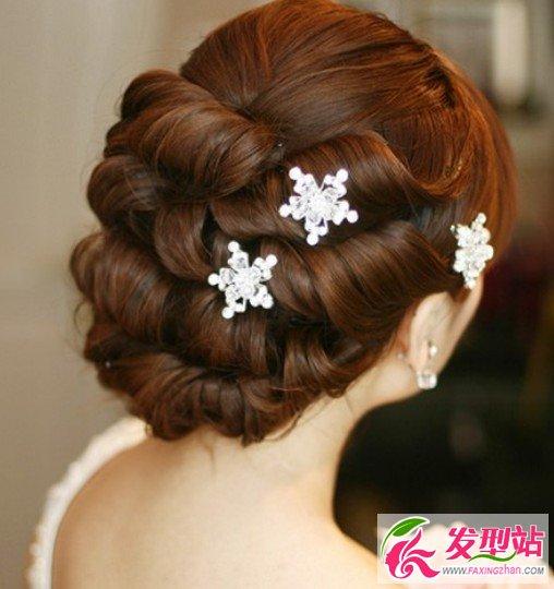 流行美新娘盘发_简单漂亮的新娘盘发图片-新娘发型-发型站_最新流行发型设计 ...