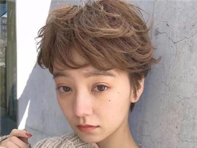 短发烫发发型2018潮女 减龄烫发好打理不挑年龄图片图片