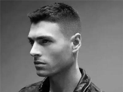 男士渐变发型 两边铲男士短发 男士短发 发型站_最