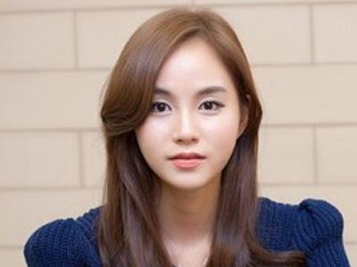 2014流行韩式卷发发型 最新卷发打造活力美女