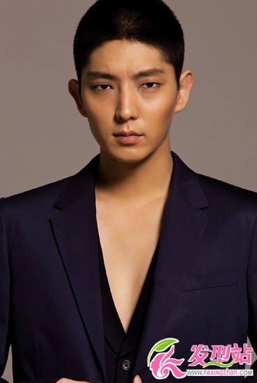 韩国男星李准基发型怎么弄 百变造型塑造新一代男神