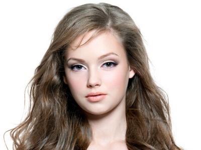 女生时尚卷发发型设计 甜美卷发告别单调直发