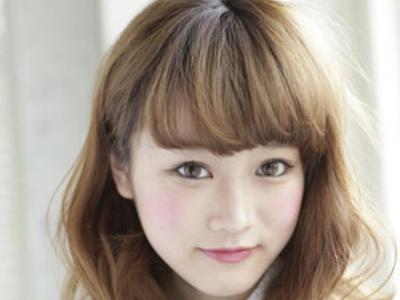 日系甜美中长发卷发发型 尽情拥有纯美气质
